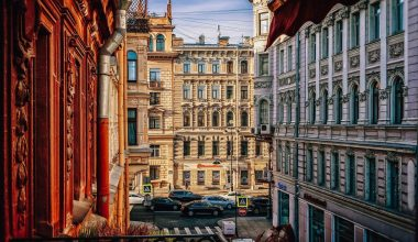 Where to stay in St Petersburg? Best districts & hotels in St Petersburg
