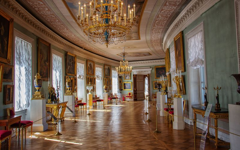 St Petersburg palaces: TOP 10 of the most beautiful palaces to visit