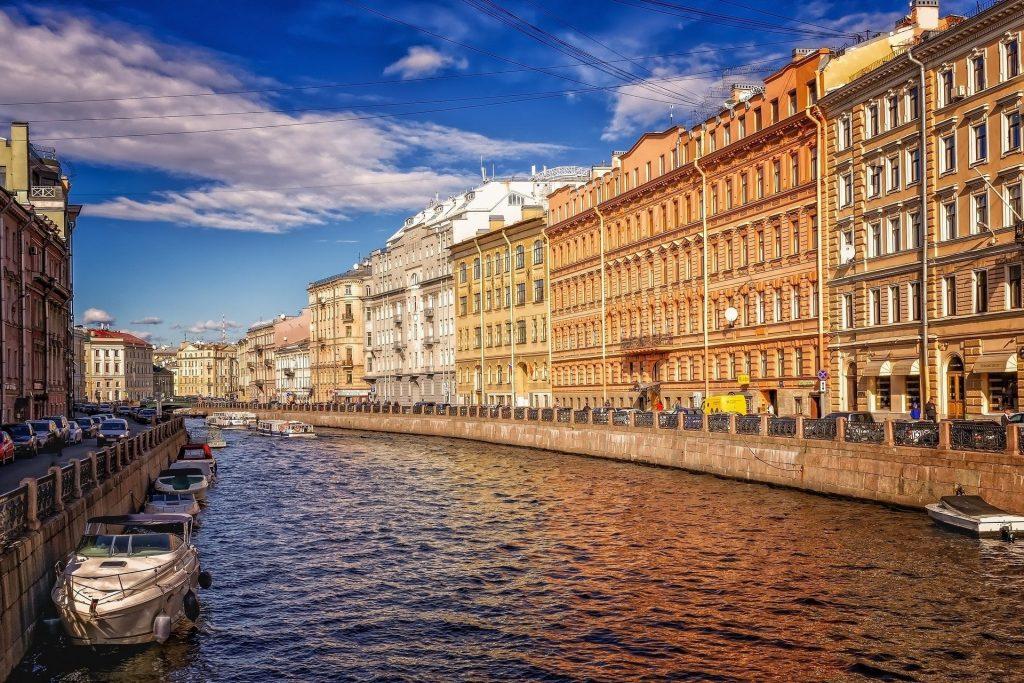 best time to visit St Petersburg summer June July august