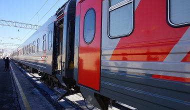 Trains from Moscow to St Petersburg